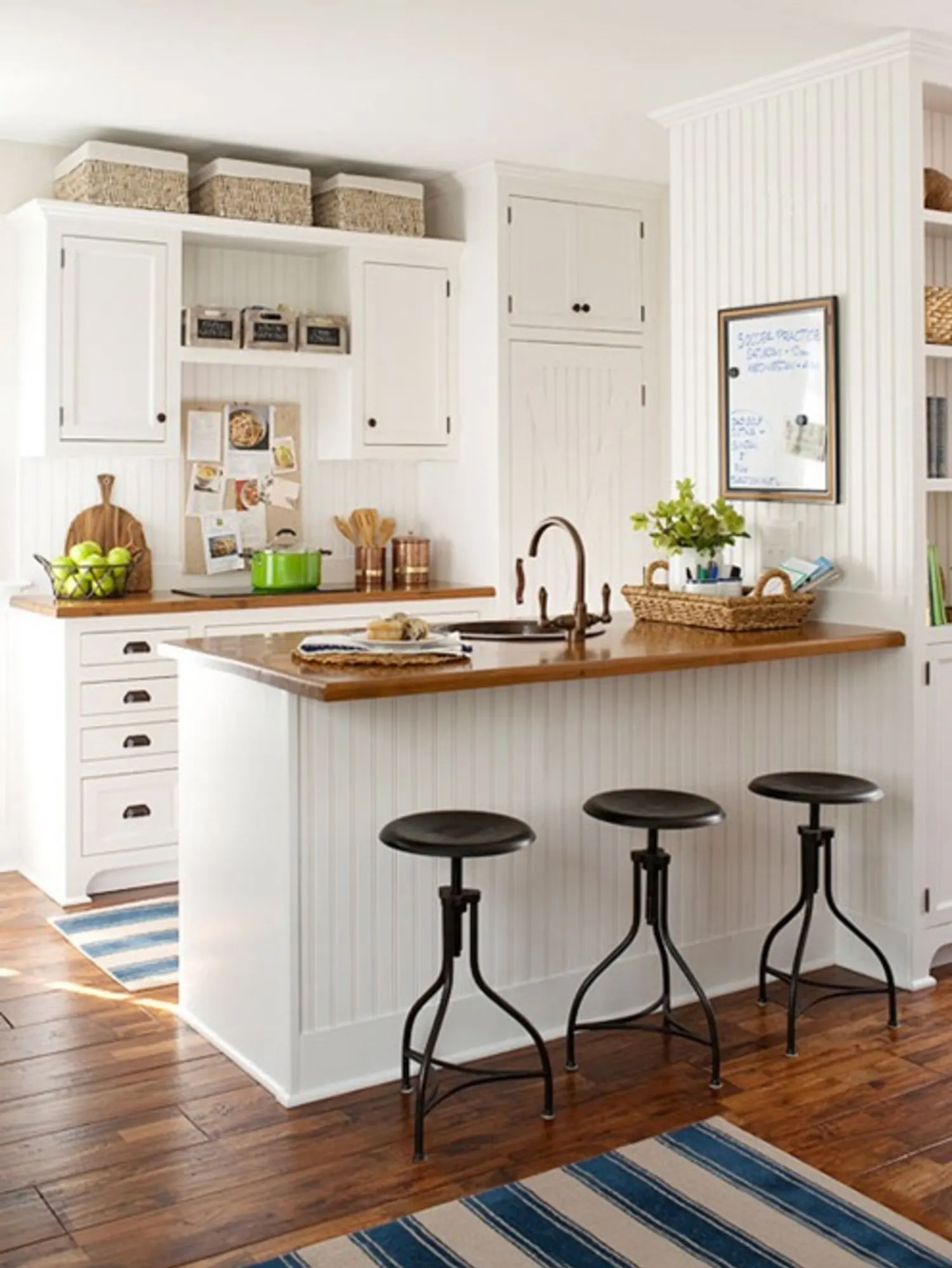 Above Cabinets Ideas