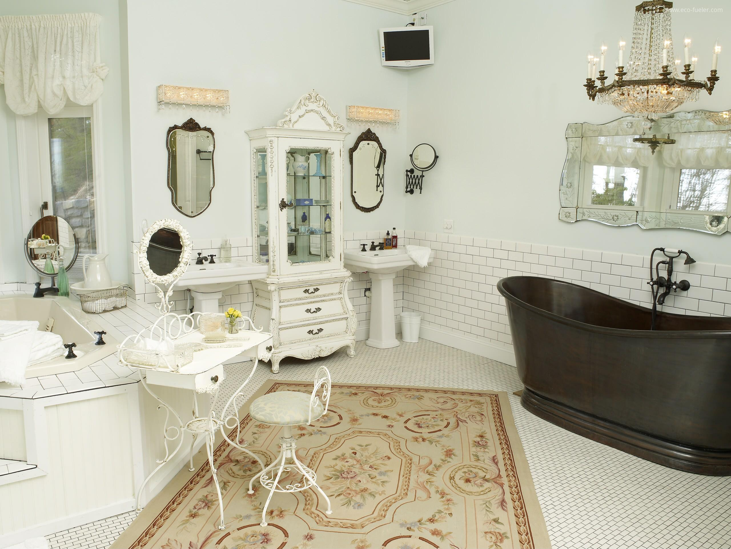 Go Eclectic With Bathroom Rugs