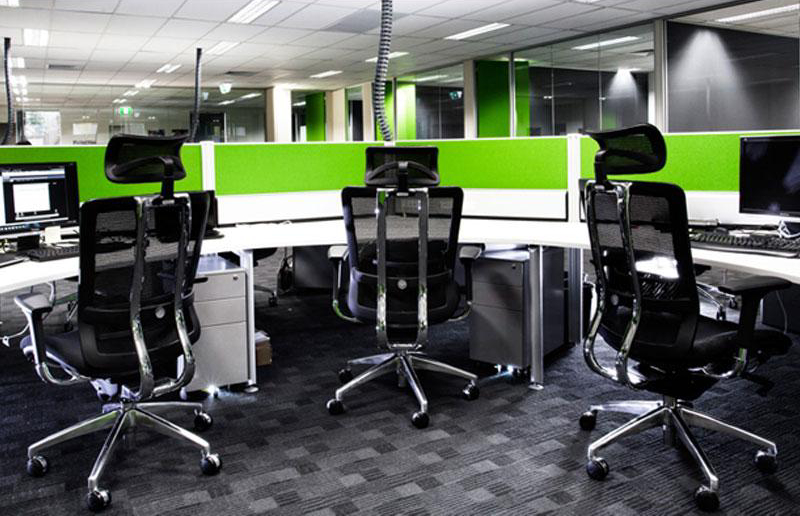 5 useful tips related to installation of office partitions for Redesign your office