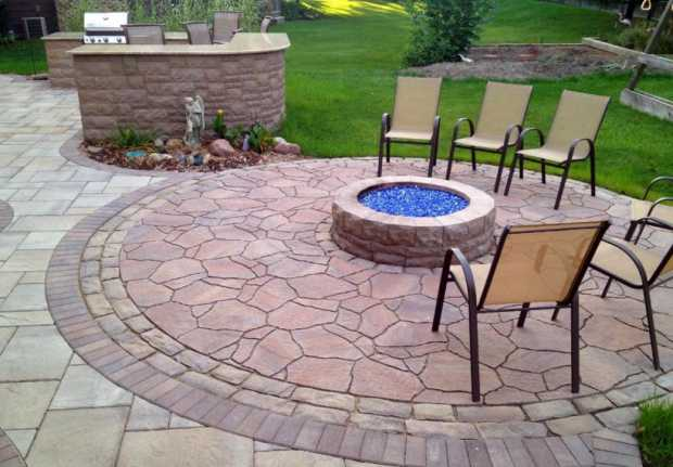 Preparing for Spring Design Tips to Accent your Back Patio