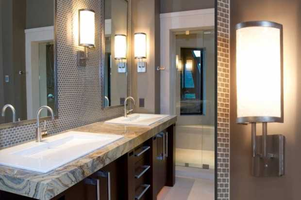 Eye-Catching Bathroom Lighting