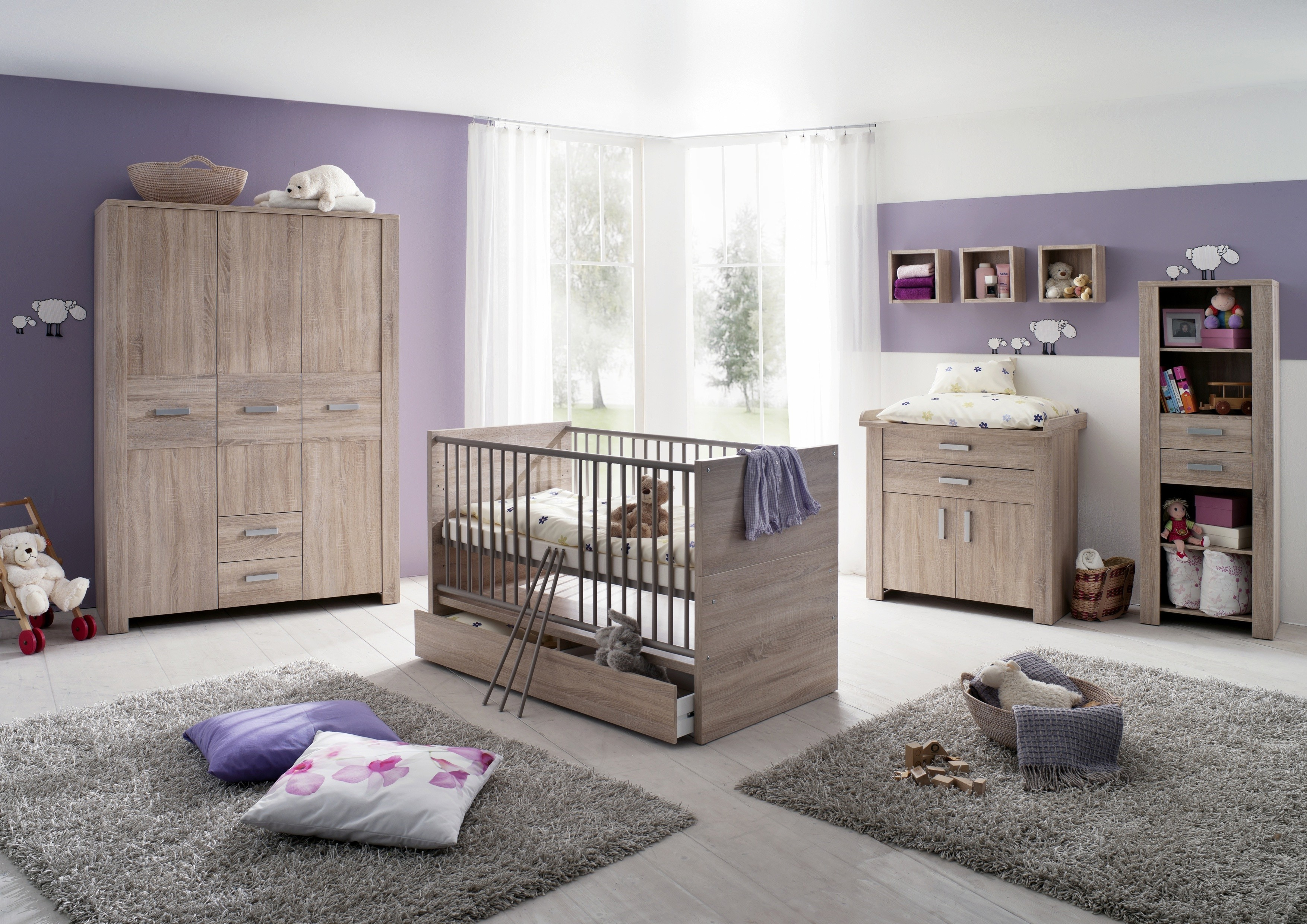 Baby 39 s furniture buying guide ins and outs of outfitting for Kinderzimmer couch