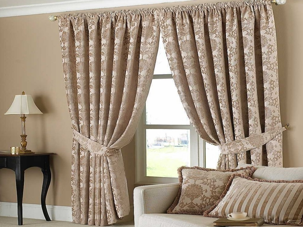 How To Make Curtains Look Beautiful With Home Decor