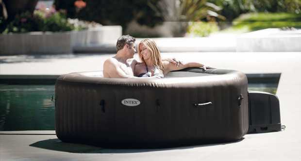 Privacy Hot Tub
