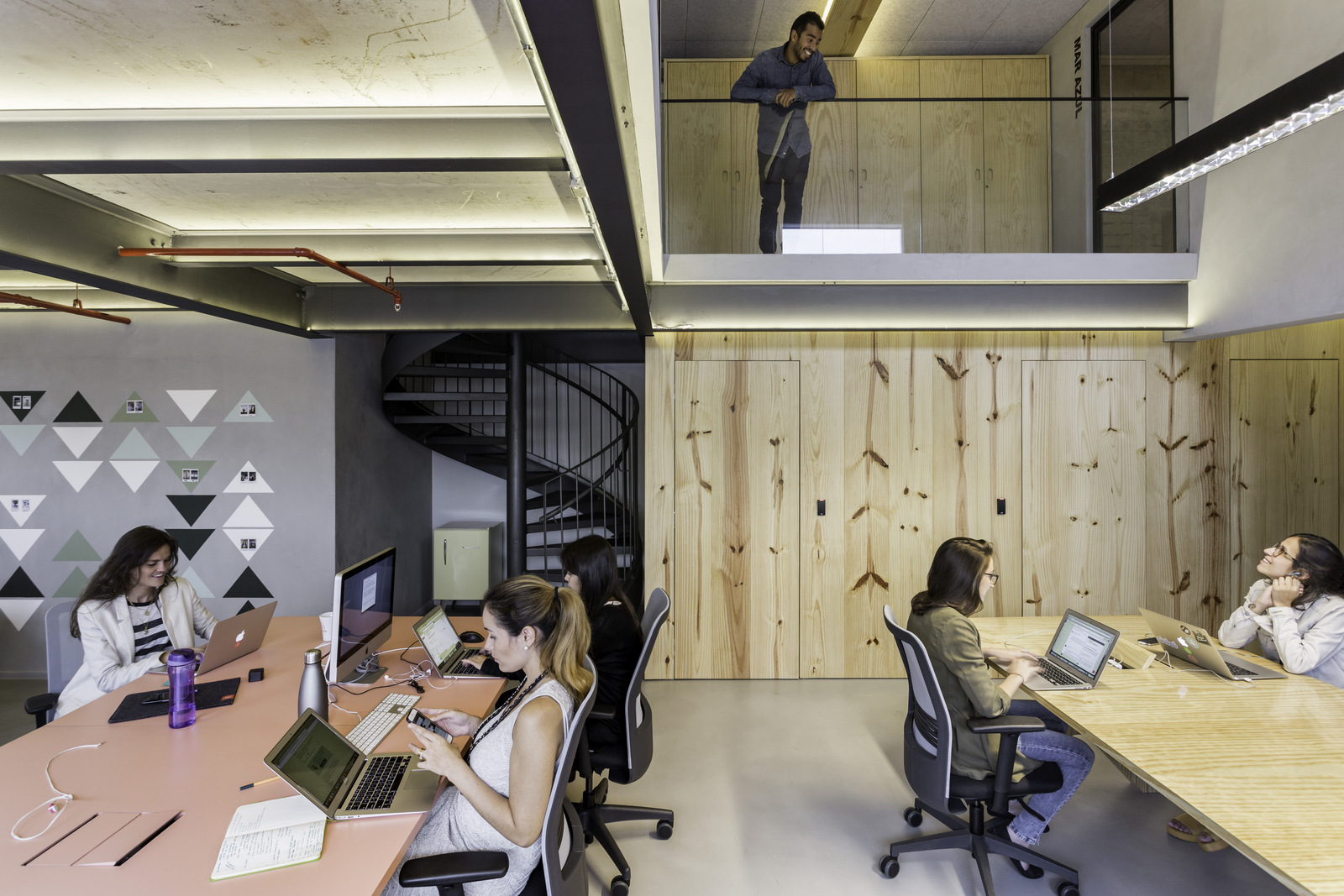 Office design trends to supercharge your workspace my for Office design trends