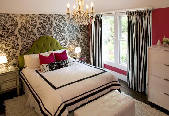 Hanging Lights In Cozy Bedroom