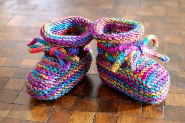 Make Non-Slip Baby Socks With Fabric Paint
