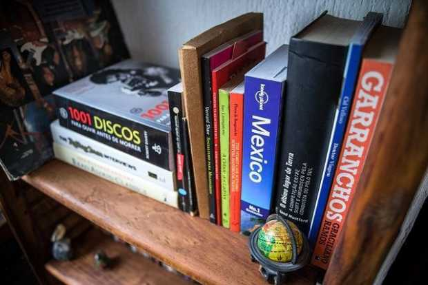 Secure Bookcases With Bicycle Tubes