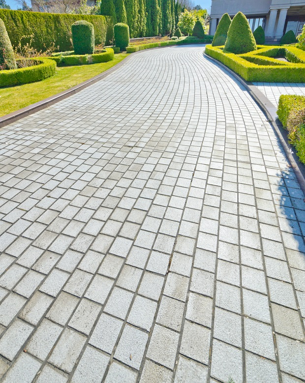 Adding Paving Stones To Driveways and Paths