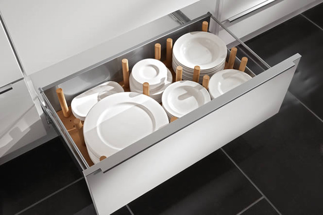 Deep Drawers in the Kitchen