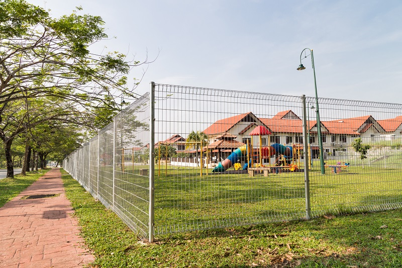 What You Need To Know About School Fencing For Higher