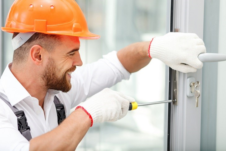 Choosing The Right Commercial Locksmith Can Help For Multiple Benefits