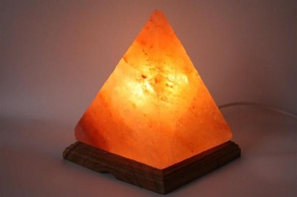 Pyramid Shaped Himalayan Lamp Décor