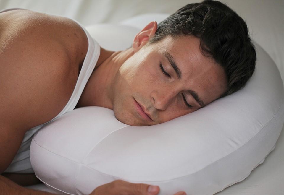 silencer pillows banish the snoring bane my decorative. Black Bedroom Furniture Sets. Home Design Ideas