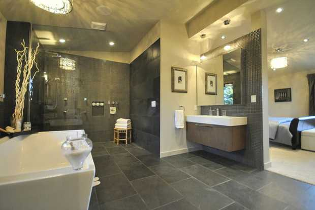Gorgeous Master Ensuite Bathroom