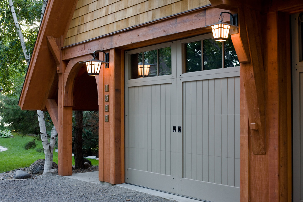 An extensive guide to new garage doors my decorative for Garage door materials