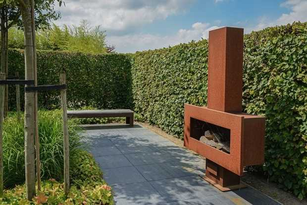 Installing An Outdoor Wood Fireplace