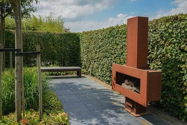 Installing An Outdoor Wood Fireplace