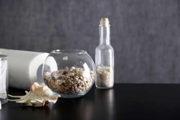 Bathroom Set with Pebbles