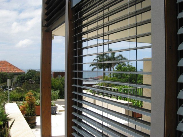 7 Tips For Turning Your Decking Into An Enclosed Patio