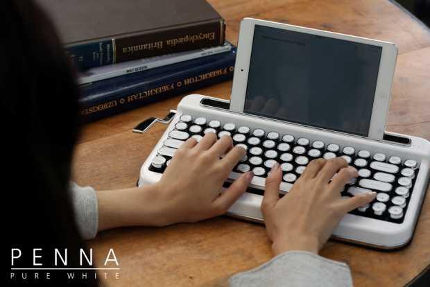 Penna Wireless Typewriter