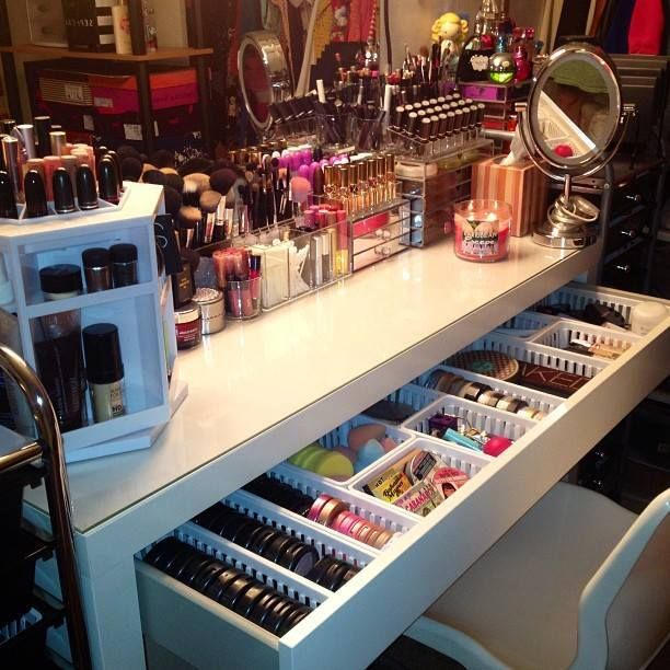 Makeup Vanities in Bedroom