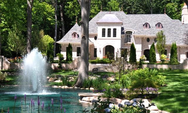 Lake Fountain