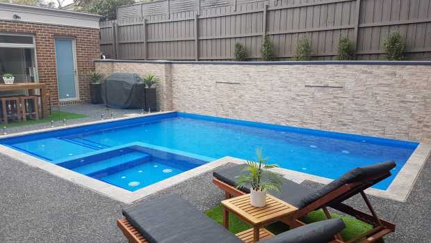 Clean Swimming Pools