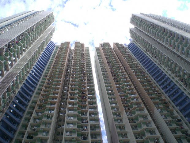 high rise buildings built with steel