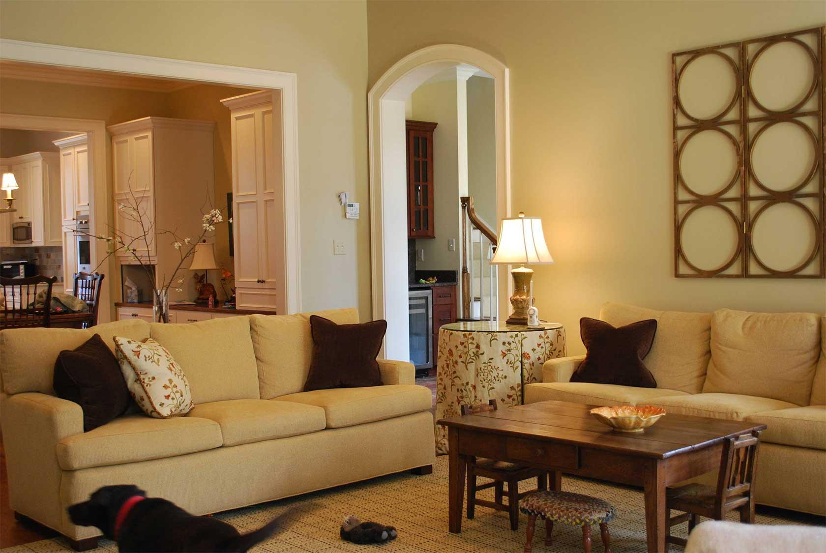 Streamlined Furniture