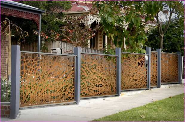 Decorative Fence Toppers