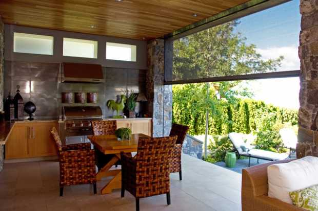Retractable Garden Screens