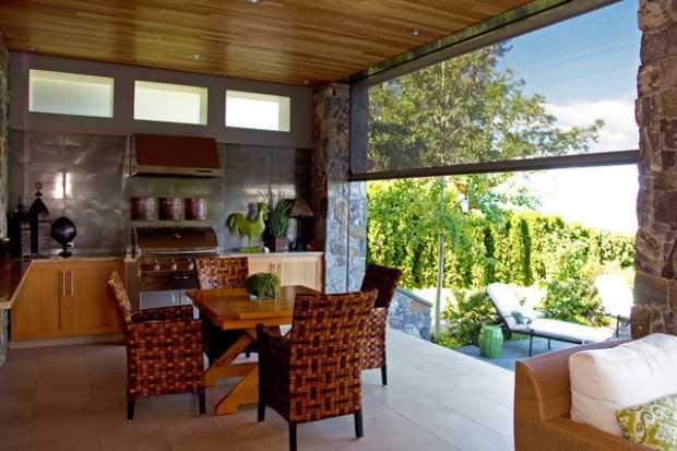 Retractable Garden Screens