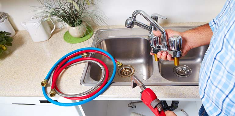 Carrying Out Plumbing Practices Without The Help Of Plumbing Experts