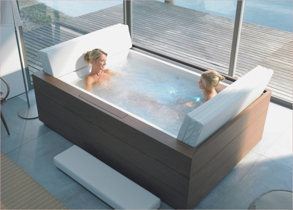Luxury Soaking Tub