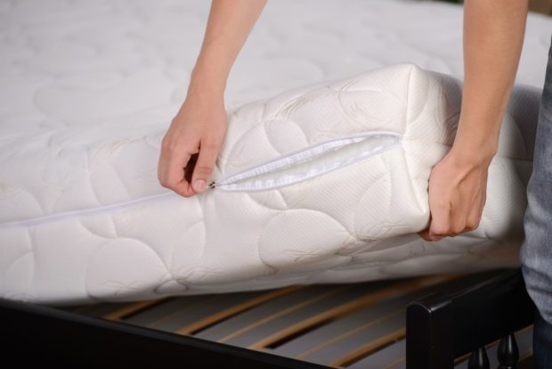 Prepare Your Mattress Topper For Cleaning