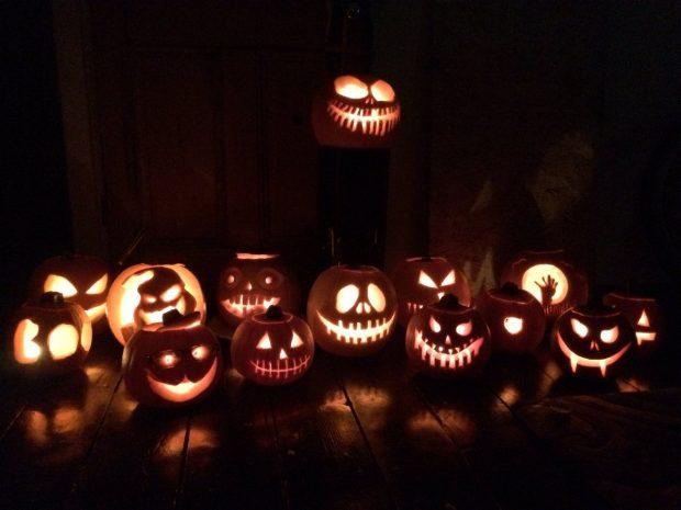 Pumpkin Candle Lit Walkway