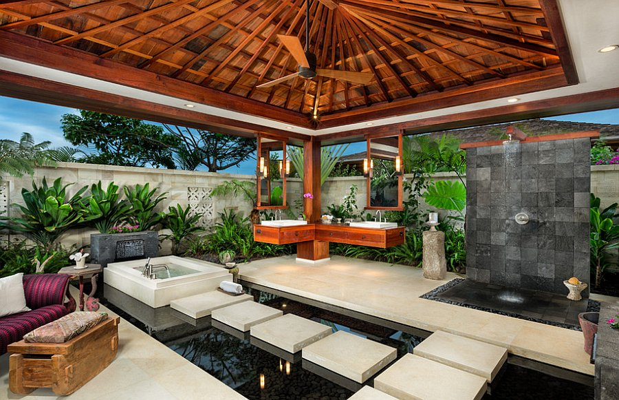 Tropical Indoor Outdoor Bath in Judy Blume's Residence in Key West - Florida