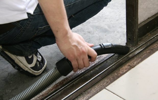 Sliding Door Cleaning