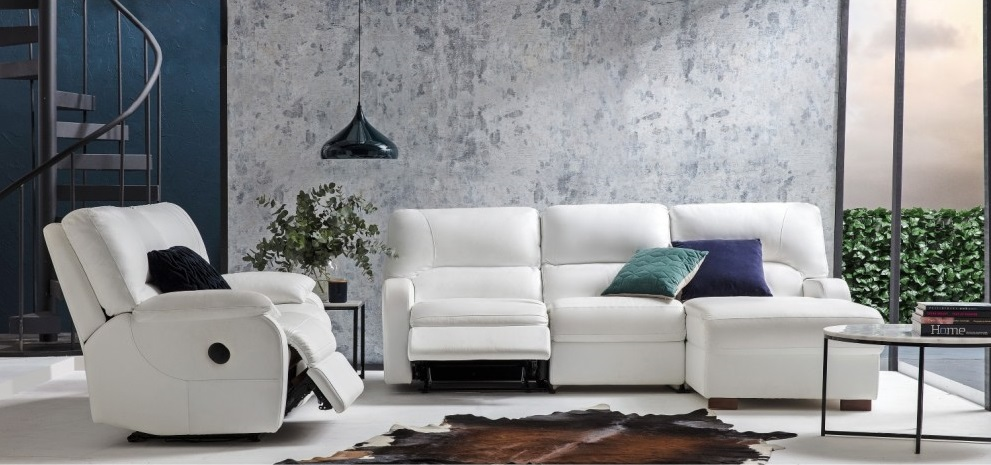 Chic Living Room Ideas To Achieve A Modern Look | My Decorative