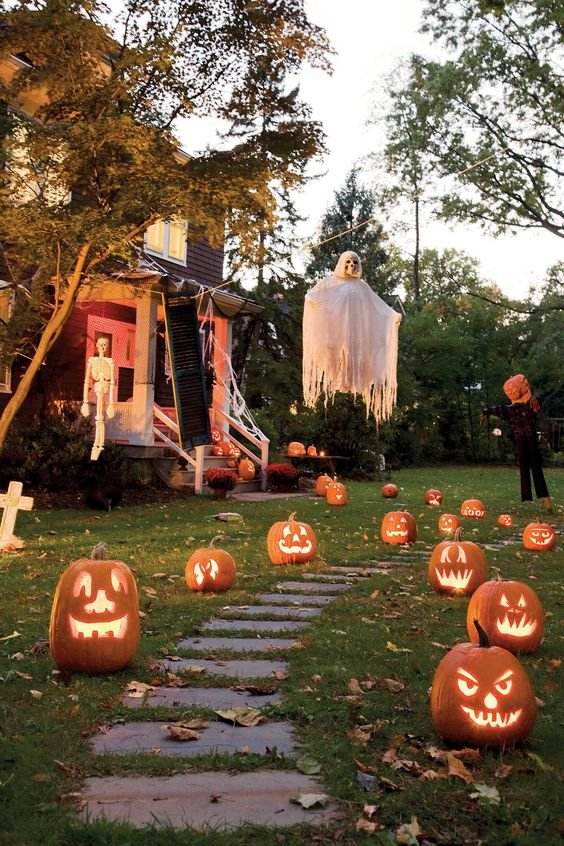 Scary Yard Decoration Ideas For Halloween Decorative