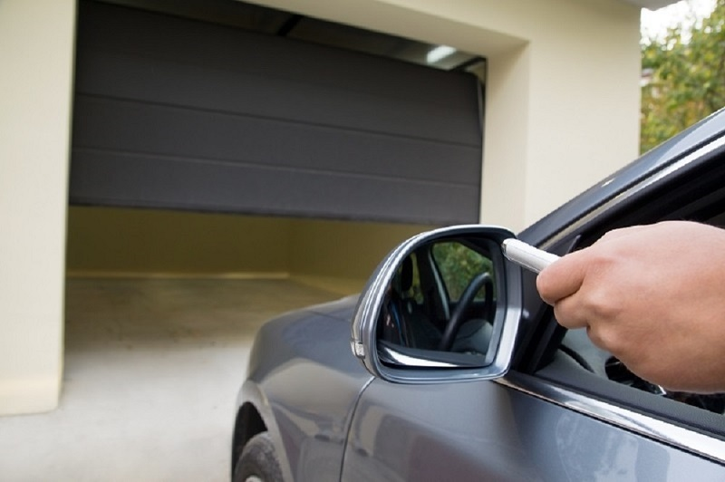 Automatic Garage Door Maintenance