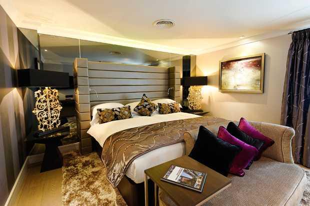 Hotel Rooms Light Fixtures