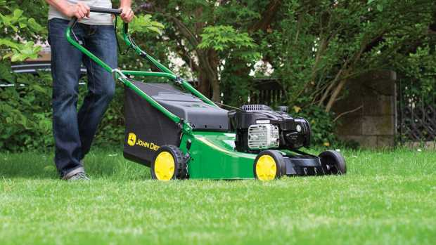 Walk Behind Mower Safety Tips