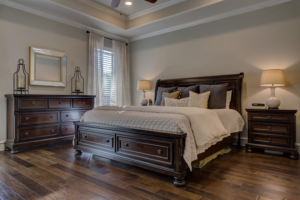 Full Wood Bedroom