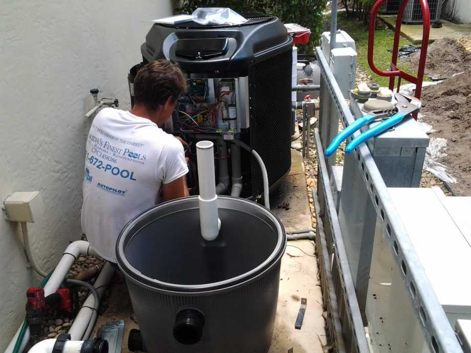 Installing The New Swimming Pool Pump