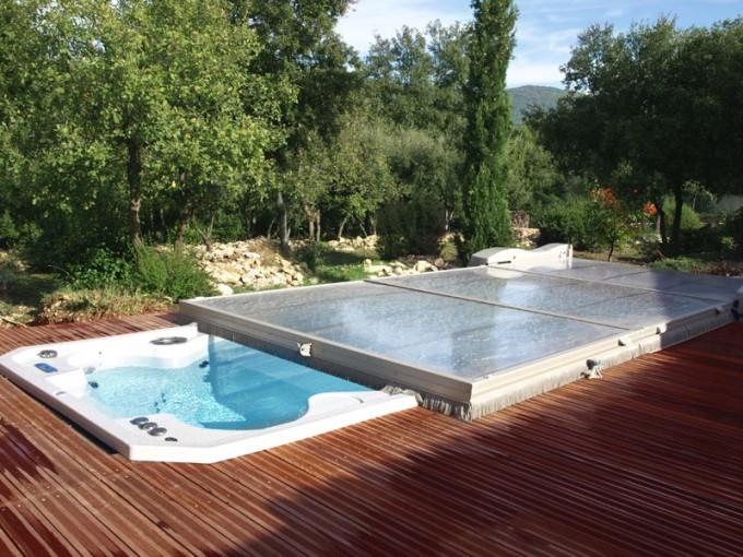 Flat Swimming Pool