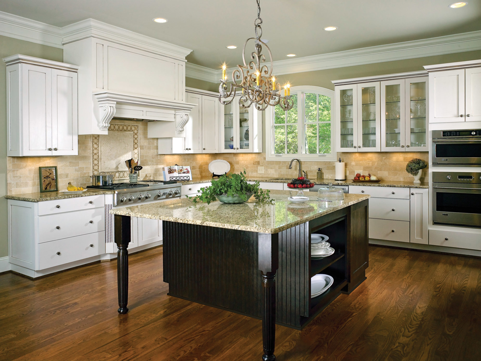 Creating A Kitchen Island: Moving Into A Fixer Upper? 4 Ways To Create Dramatic