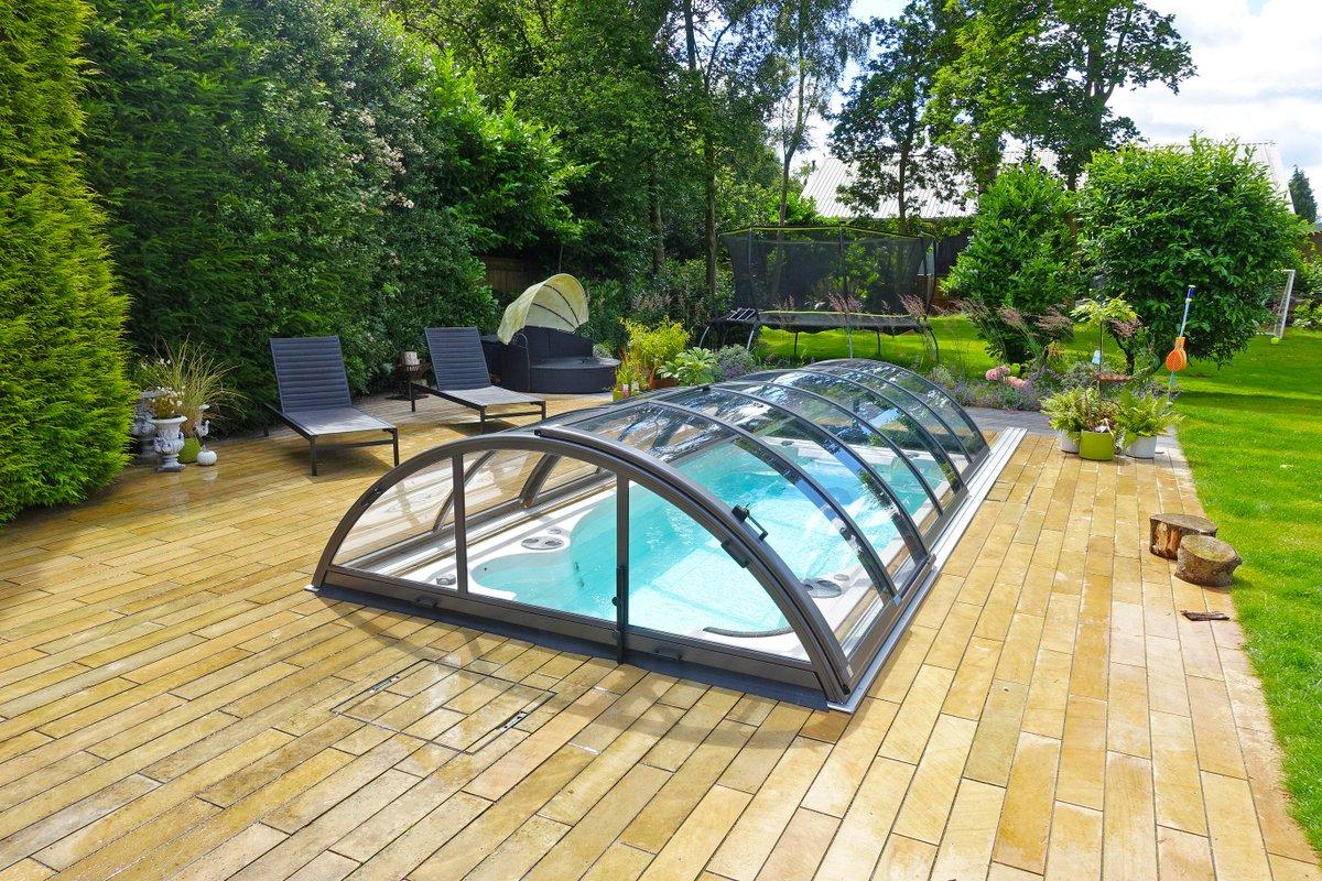 Backyard Spacious Pool Domes