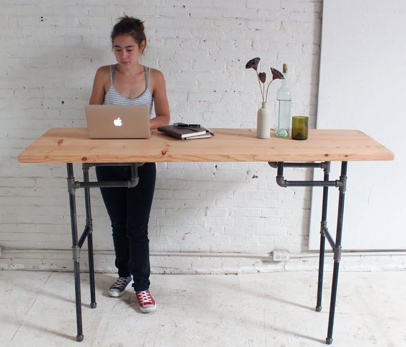 Free Standing Desk